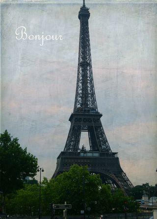 Eiffell Tower Bonjour